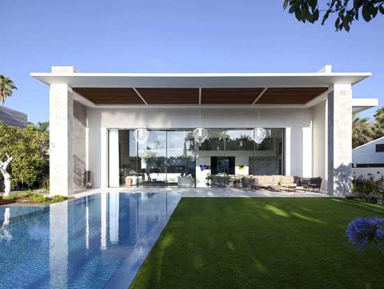 Veranda esterna appartamento indipendente Como adiacente in stile moderno