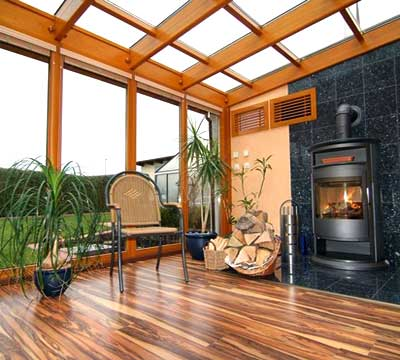 Progetto di una veranda moderna in legno a Torino